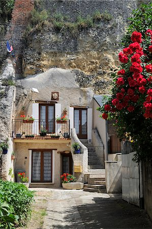 french (places and things) - Troglodyte house, Amboise, UNESCO World Heritage Site, Indre-et-Loire, Centre, France, Europe Stock Photo - Rights-Managed, Code: 841-06501086