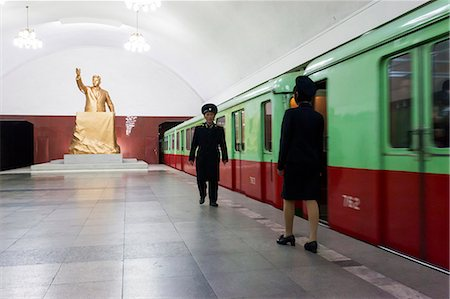 platform - One of the many 100 metre deep subway stations on the Pyongyang subway network, Pyongyang, Democratic People's Republic of Korea (DPRK), North Korea, Asia Stock Photo - Rights-Managed, Code: 841-06501229