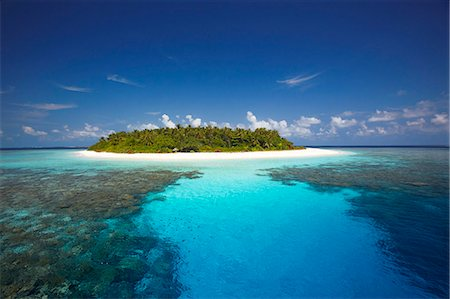 Tropical island and lagoon, Maldives, Indian Ocean, Asia Stock Photo - Rights-Managed, Code: 841-06501301