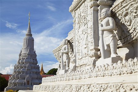 Stupas at Silver Pagoda in Royal Palace, Phnom Penh, Cambodia, Indochina, Southeast Asia, Asia Stock Photo - Rights-Managed, Code: 841-06501927