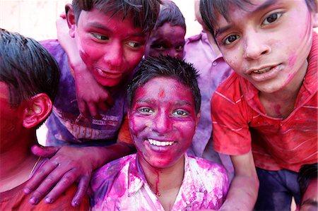 Children at Holi celebration in Goverdan, Uttar Pradesh, India, Asia Stock Photo - Rights-Managed, Code: 841-06502151