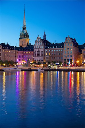 stockholm - Gamla Stan and Riddarholmen with spire of Riddarholmskyrkan (Riddarholmen Church) at dusk, Stockholm, Sweden, Scandinavia, Europe Stock Photo - Rights-Managed, Code: 841-06502885