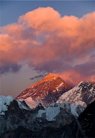 snow capped - View from Gokyo Ri of Mount Everest, 8850 metres, and Mount Lhotse, 8501 metres, Dudh Kosi Valley, Solu Khumbu (Everest) Region, Nepal, Himalayas, Asia Stock Photo - Rights-Managed, Code: 841-06503162