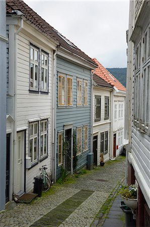 Wooden buildings, Knosesmauet, Bergen, Hordaland, Norway, Scandinavia, Europe Stock Photo - Rights-Managed, Code: 841-06616583