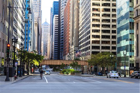 Downtown street scene, North Clark Street, The Loop, Chicago, Illinois, United States of America, North America Stock Photo - Rights-Managed, Code: 841-06616668