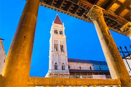 St. Lawrence Cathedral (Katedrala Sv. Lovre) at night, Trogir, UNESCO World Heritage Site, Dalmatian Coast, Croatia, Europe Stock Photo - Rights-Managed, Code: 841-06804786