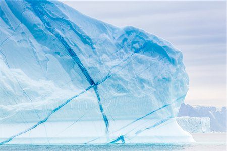 Grounded icebergs, Sydkap, Scoresbysund, Northeast Greenland, Polar Regions Stock Photo - Rights-Managed, Code: 841-06804908