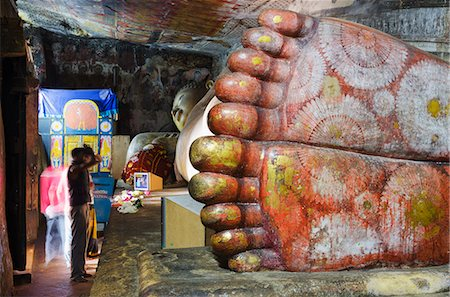 foot model - Buddha statues in Cave 1, Cave Temples, UNESCO World Heritage Site, Dambulla, North Central Province, Sri Lanka, Asia Stock Photo - Rights-Managed, Code: 841-06806019