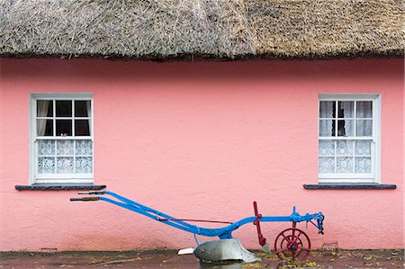 plow - Golden Vale Farmhouse in Bunratty Castle and Folk Park, County Clare, Munster, Republic of Ireland, Europe Stock Photo - Rights-Managed, Code: 841-06806651