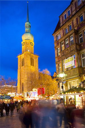 St. Reinoldi Church and Christmas Market at dusk, Dortmund, North Rhine-Westphalia, Germany, Europe Stock Photo - Rights-Managed, Code: 841-06807671