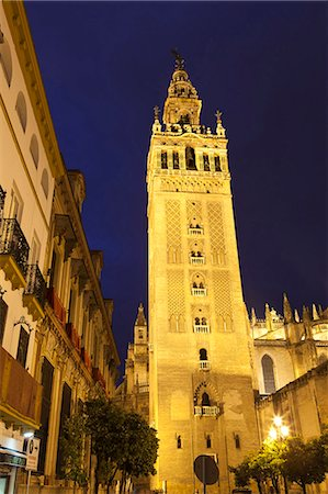 The Giralda at night, UNESCO World Heritage Site, Seville, Andalucia, Spain, Europe Stock Photo - Rights-Managed, Code: 841-06807731
