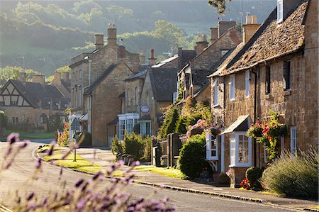 Cotswold cottages, Broadway, Worcestershire, Cotswolds, England, United Kingdom, Europe Stock Photo - Rights-Managed, Code: 841-07084123