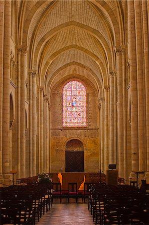 The nave of St.-Julien du Mans Cathedral, Le Mans, Sarthe, Pays de la Loire, France, Europe Stock Photo - Rights-Managed, Code: 841-07084185