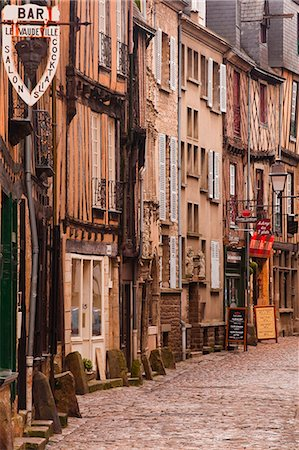 La Grande Rue in the old city of Le Mans, Sarthe, Pays de la Loire, France, Europe Stock Photo - Rights-Managed, Code: 841-07084191