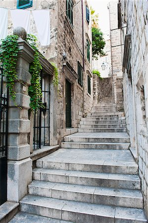 Dubrovnik Old Town, one of the narrow side streets, Dubrovnik, Croatia, Europe Stock Photo - Rights-Managed, Code: 841-07080510