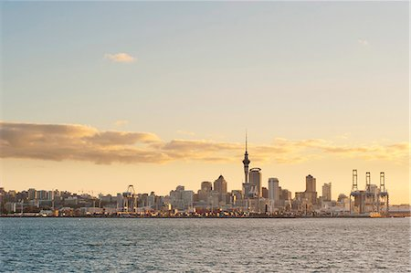 Auckland city skyline at sunset, Auckland, North Island, New Zealand, Pacific Stock Photo - Rights-Managed, Code: 841-07080667