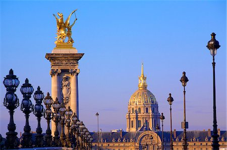 paris - Pont Alexandre III with Chapel of Saint-Louis-des-Invalides in the background, Paris, France, Europe Stock Photo - Rights-Managed, Code: 841-07081183