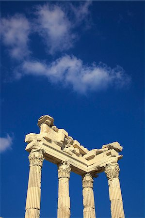 Temple of Trajan, Bergama (Pergamum), Anatolia, Turkey, Asia Minor, Eurasia Stock Photo - Rights-Managed, Code: 841-07081246