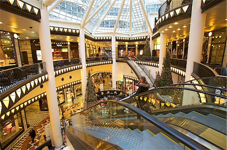 shopping mall - Quartier 206, Berlin, Germany, Europe Stock Photo - Rights-Managed, Code: 841-07081307