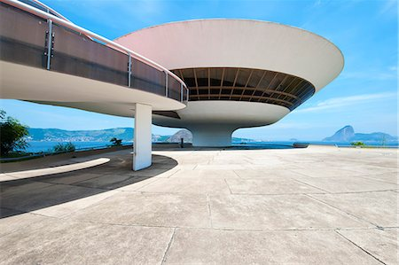 Niemeyer Museum of Contemporary Arts, Niteroi, Rio de Janeiro, Brazil, South America Stockbilder - Lizenzpflichtiges, Bildnummer: 841-07081361