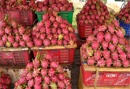 food stalls - Dragon Fruit, Vietnam, Indochina, Southeast Asia, Asia Stock Photo - Rights-Managed, Code: 841-07081517