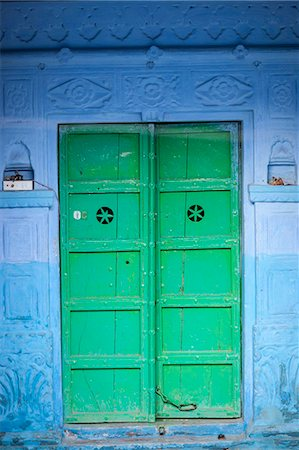 Green door and blue walls, Jodhpur, Rajasthan, India, Asia Stock Photo - Rights-Managed, Code: 841-07081997