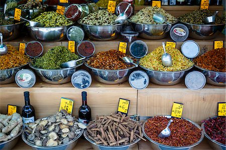 places - Spice stall at Mahane Yehuda market, Jerusalem, Israel, Middle East Stock Photo - Rights-Managed, Code: 841-07082431