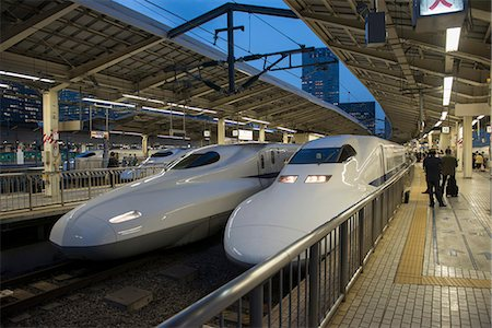 platform - Shinkanzen train station in Tokyo, Japan, Asia Stock Photo - Rights-Managed, Code: 841-07083638