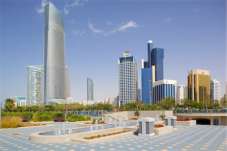 Contemporary architecture along the Corniche, Abu Dhabi, United Arab Emirates, Middle East Fotografie stock - Rights-Managed, Codice: 841-07083984