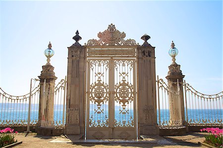 Gate to the Bosphorus, Dolmabahce Palace, Istanbul, Turkey, Europe Stock Photo - Rights-Managed, Code: 841-07204368