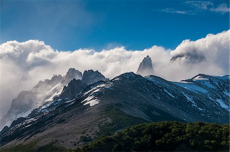 Mount Fitzroy (Cerro Fitz Roy), El Chalten, Los Glaciares National Park, UNESCO World Heritage Site, Santa Cruz Province, Patagonia, Argentina, South America Stock Photo - Rights-Managed, Code: 841-07206081