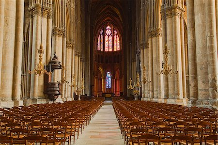 The gothic nave of Notre Dame de Reims cathedral, UNESCO World Heritage Site, Reims, Champagne-Ardenne, France, Europe Stock Photo - Rights-Managed, Code: 841-07202671