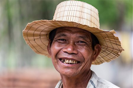 Farmer in Kampong Chhnang, Kampong Chhnang Province, Cambodia, Indochina, Southeast Asia, Asia Stock Photo - Rights-Managed, Code: 841-07457075