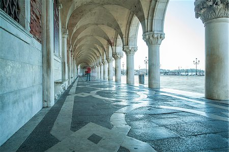 Arches of Doge's Palace, Venice, UNESCO World Heritage Site, Veneto, Italy, Europe Stock Photo - Rights-Managed, Code: 841-07523857