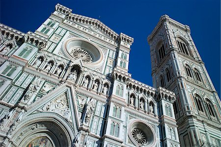 Il Duomo di Firenze, Cathedral of Florence, and campanile bell tower in Piazza di San Giovanni, Tuscany, Italy Stock Photo - Rights-Managed, Code: 841-07540575