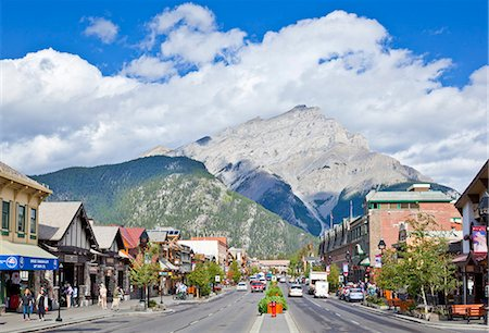 Banff town and Cascade Mountain, Banff National Park, UNESCO World Heritage Site, Alberta The Rockies, Canada, North America Stock Photo - Rights-Managed, Code: 841-07540970