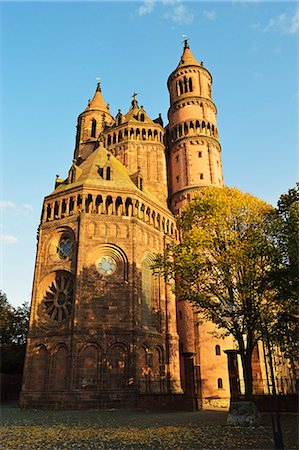 Cathedral in Worms, Rhineland-Palatinate, Germany, Europe Stock Photo - Rights-Managed, Code: 841-07541044