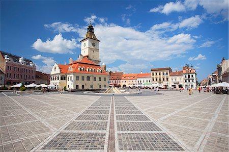square - Council House in Piata Sfatului, Brasov, Transylvania, Romania, Europe Stock Photo - Rights-Managed, Code: 841-07590383