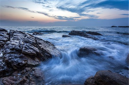 dreamy - Long exposure of surf and rocks at sunrise, Tangalle, Sri Lanka, Indian Ocean, Asia Stock Photo - Rights-Managed, Code: 841-07600056