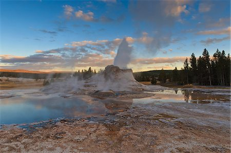 Castle Geyser at sunset, Upper Geyser Basin, Yellowstone National Park, UNESCO World Heritage Site, Wyoming, United States of America, North America Stock Photo - Rights-Managed, Code: 841-07600126