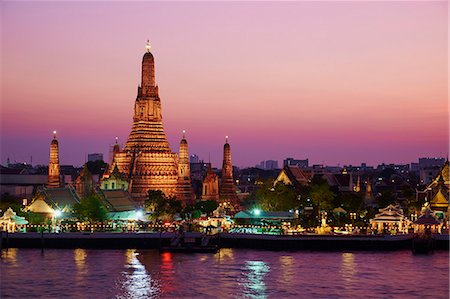 places - Wat Arun (Temple of the Dawn) and the Chao Phraya River by night, Bangkok, Thailand, Southeast Asia, Asia Stock Photo - Rights-Managed, Code: 841-07673491
