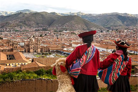 peru and culture - Elevated view over Cuzco and Plaza de Armas, Cuzco, UNESCO World Heritage Site, Peru, South America Stock Photo - Rights-Managed, Code: 841-07782374