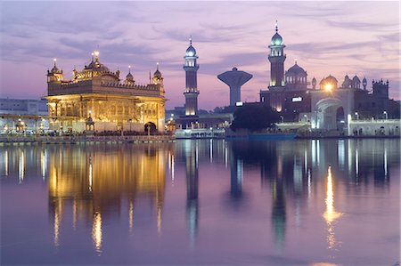 places - The Harmandir Sahib (The Golden Temple), Amritsar, Punjab, India, Asia Stock Photo - Rights-Managed, Code: 841-08059425