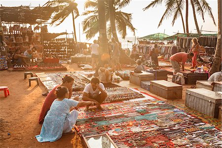 Tibetan selling their craft at the Wednesday Flea Market in Anjuna, Goa, India, Asia Stock Photo - Rights-Managed, Code: 841-08059515