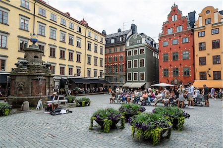 quaint - People sitting at Stortorget Square in Gamla Stan, Stockholm, Sweden, Scandinavia, Europe Stock Photo - Rights-Managed, Code: 841-08059550