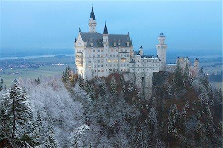 Neuschwanstein Castle in winter, Fussen, Bavaria, Germany, Europe Stock Photo - Rights-Managed, Code: 841-08101694