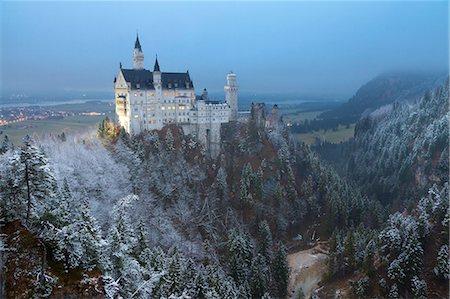 Neuschwanstein Castle in winter, Fussen, Bavaria, Germany, Europe Stock Photo - Rights-Managed, Code: 841-08101695