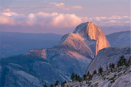 Last light on Half Dome, photographed from Olmsted Point, Yosemite National Park, UNESCO World Heritage Site, California, United States of America, North America Stock Photo - Rights-Managed, Code: 841-08279395