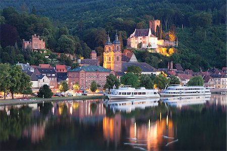 european hillside town - Mildenburg Castle and Parish Church of St. Jakobus, excursion boats on Main River, old town of Miltenberg, Franconia, Bavaria, Germany, Europe Stock Photo - Rights-Managed, Code: 841-08357269