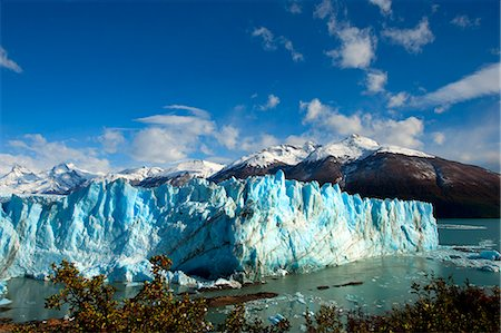 perito moreno glacier - Perito Moreno glacier, front of the glacier over the Argentino lake, Santa Cruz province, Patagonia, Argentina, South America Stock Photo - Rights-Managed, Code: 841-08357282